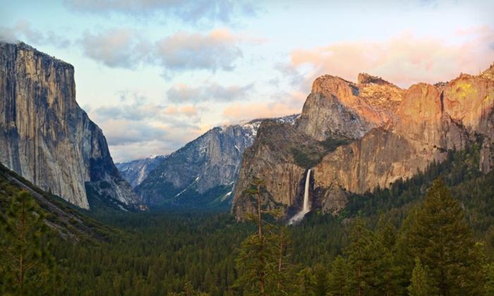 Yosemite View Lodge - Mariposa: Two-Night Stay at Yosemite View Lodge near Yosemite National Park