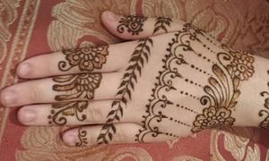 Strive Dreams Body Art: 60-Minute Henna Art Session from Strive Dreams Body Art (55% Off)