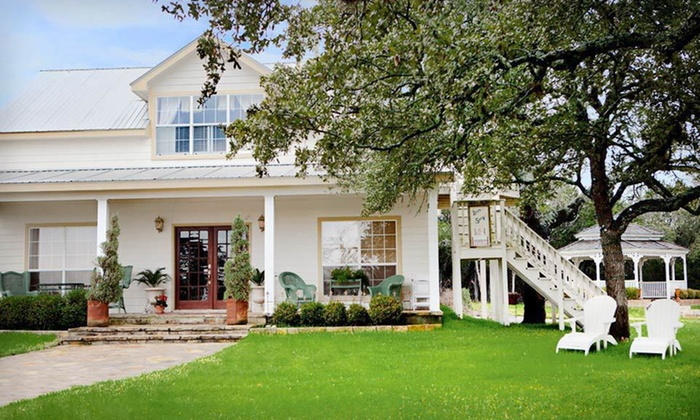 Serenity Farmhouse Inn - Dripping Springs-Wimberley: Two-Night Stay with Daily Breakfast at Serenity Farmhouse Inn in Texas Hill Country
