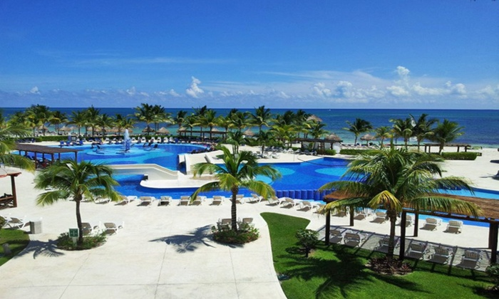 Bluebay grand esmeralda stay with air from travel by jen for Blue bay grand esmeralda deluxe v jardin