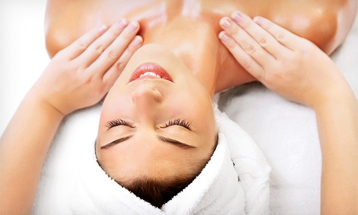 Neva Massage Center - Saint Louis Park: $47 for a 60-Minute Aromatherapy Massage with Essential Oils at Neva Massage Center ($100 Value)