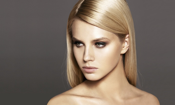 D2E Hair Boutique - Swansea: Moisture Mask with a Choice of Cut or Root Touch-Up at D2E Hair Boutique (57% Off)
