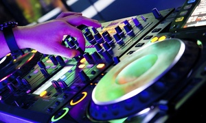 Pro Audio and Lighting: Two or Four 30-Minute Electronic Music Production Classes (Up to 68% Off)