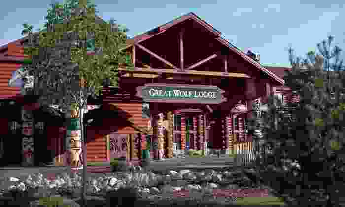 Great Wolf Lodge Traverse City - Traverse City, MI: One- or Two-Night Stay with Water-Park Passes at Great Wolf Lodge Traverse City in Traverse City, MI