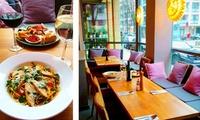 2 Tapas-Teller o. 2 Pasta-Teller Aglio & Olio mit Hähnchenbrustfilet und 2 Gläsern Rosé- o. Rotwein aus Frankreich