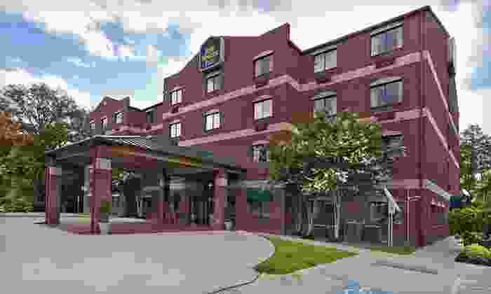 Best Western Plus The Woodlands - Conroe: One- or Two-Night Stay at Best Western Plus The Woodlands in The Woodlands, TX