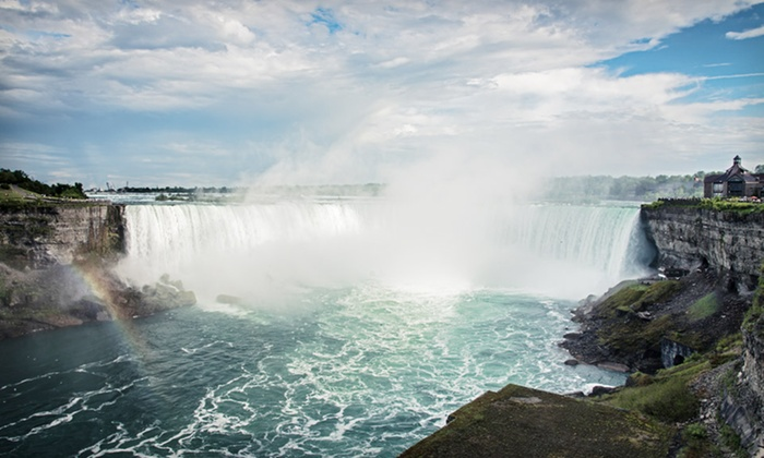 Ramada Niagara Falls - Niagara Falls, Ontario: One-Night Stay with Dining and Gaming Credits at Ramada Niagara Falls in Niagara Falls, ON