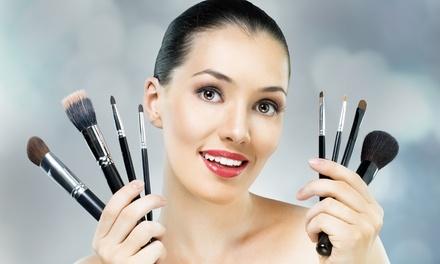 Make-up-Workshop mit Tipps und Tricks für Farbe und Teint für 1, 2 oder 3 Personen bei svetas face academy ab 19,90 €