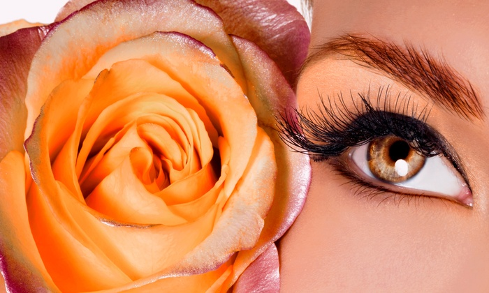 EyeMakeItHappen - East Chastain Park: Semi-Permanent Mascara with Option for Eyelash Extensions at EyeMakeItHappen (Up to 57% Off)