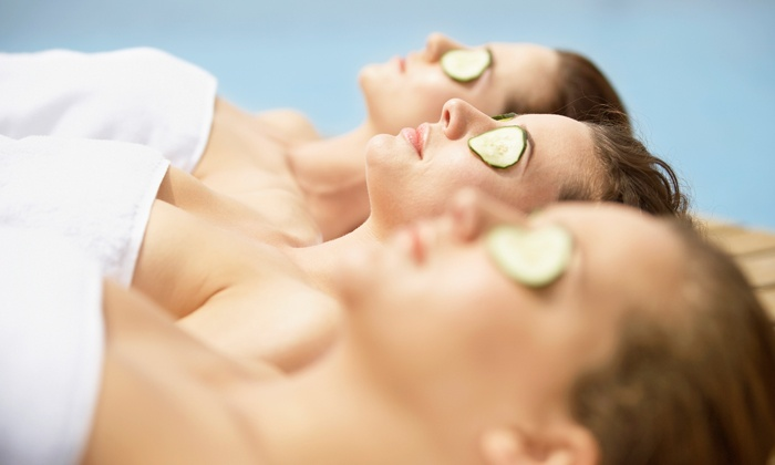 Planet Beach Spa - Baker/Zachary: $19.99 for One Spa Service a Day for Seven Days at Planet Beach Spa ($59 Value)