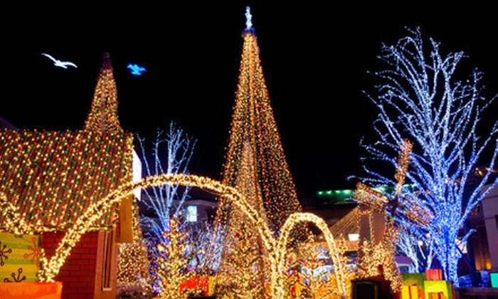 Royal Limousine - Piedmont Triad: $199 for a Four-Hour Holiday-Lights Tour for Up to 10 from Royal Limousine (Up to $400 Value)