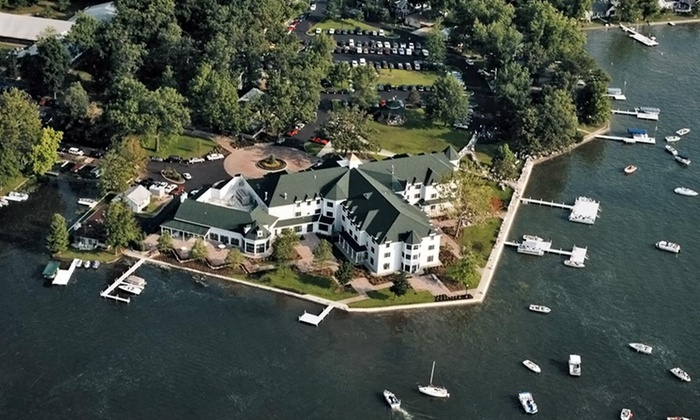 Oakwood Resort - Syracuse, IN: 1-Night Stay for Up to Four at Oakwood Resort in Syracuse, IN. Combine Up to 3 Nights.