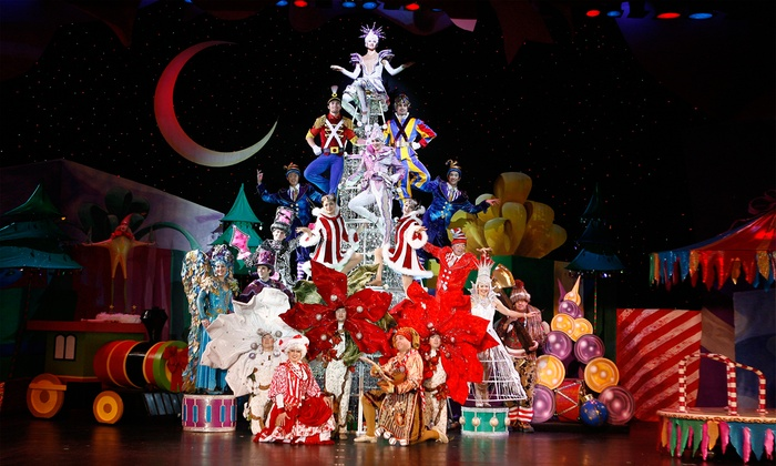Cirque Dreams Holidaze - Riverside Theater: Cirque Dreams Holidaze on Saturday, December 26, at 7 p.m. and December 27, at 2 p.m.