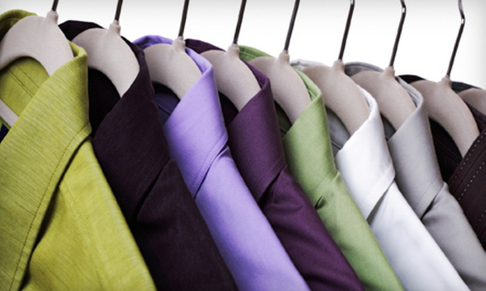 Green Leaf Laundry - Mission: Cleaning of One Comforter or $20 for $40 Worth of Dry-Cleaning or Wash-and-Fold Services at Green Leaf Dry Cleaning