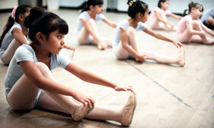 California Arts Academy - Multiple Locations: Kids' Dance Party, Four, Six, or Eight Drop-In Arts Classes, or 19-Week Class at California Arts Academy (Up to 62% Off)