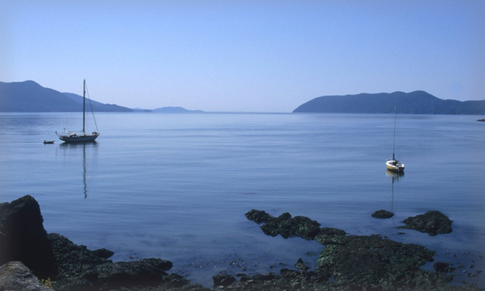 The Deer Harbor Inn - Orcas Island, WA: 1 or 2 Nights for Two in a Lodge Room or Cottage at The Deer Harbor Inn on Orcas Island, WA. Combine Up to 4 Nights.