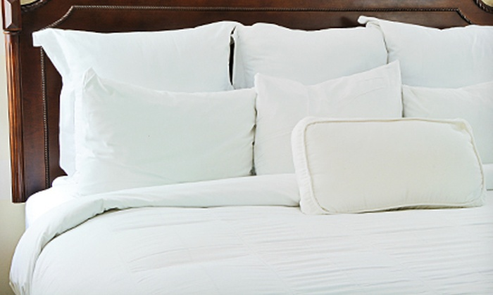 Florida Mattress and Furniture - Tampa: Three-Piece Microfiber-Duvet-Cover Set for Pickup or Delivery from Florida Mattress and Furniture (Up to 75% Off)