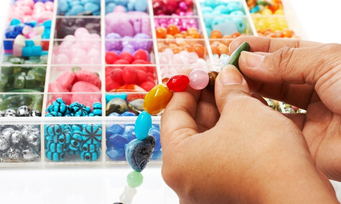 DreamScapes Boutique & Studio - Wauconda: $25 for a Mommy and Me Jewelry-Making Class at DreamScapes Boutique & Studio ($50 Value)