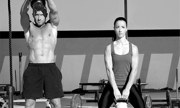 CrossFit Paradox - Downers Grove: 10 or 20 CrossFit Classes at CrossFit Paradox (86% Off)