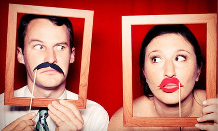 Foto Box - Palm Beach: $399 for a Four-Hour Photo-Booth Rental with Unlimited Photos and an On-Hand Attendant from Foto Box ($1,095 Value)