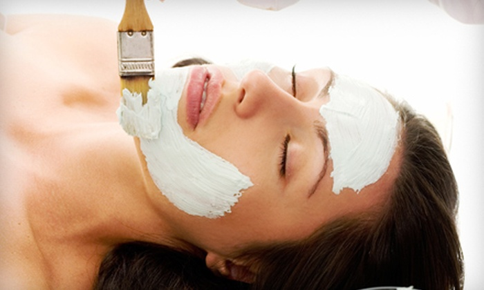AorA Salon & Spa - Orlando: $119 for a Spa Package for Two with Swedish or Sports Massage and Facial at AorA Salon & Spa in Winter Park ($250 Value)