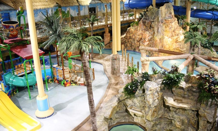 Edgewater Hotel & Waterpark - Duluth, MN: Stay with Waterpark passes and $20 Resort Credit at Edgewater Hotel & Waterpark in Duluth, MN. Dates into November.