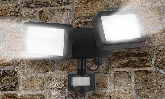 Groupon Goods Global GmbH: EASYmaxx Security LED-Doppelstrahler 8 W in Schwarz (40% sparen*)