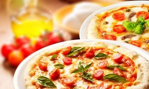 Monis Nudelhaus: XXXL-Pizza mit 6 Auflagen nach Wahl plus gemischte Salate für Zwei oder Vier in Monis Nudelhaus ab 14,90 €