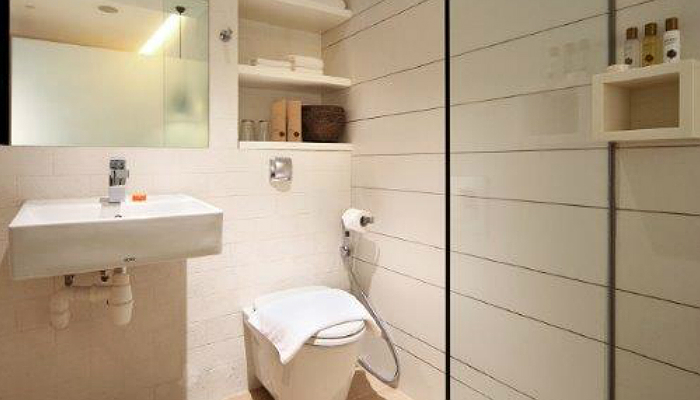 SG: 4* Rustic-Themed Hotel Clover 2