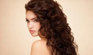 "Salon de Coiffure ""Libre Style"": Shampoing, coupe, brushing etsoin, option coloration racines ou complètes dès 14,99 € au salon de coiffure Libre Style"