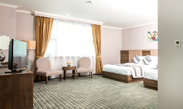 Bangkok: Local 4* Hotel + Jetstar 2