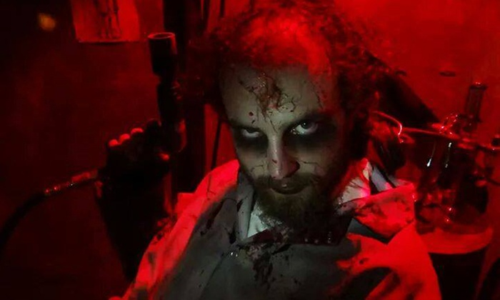 Heartstoppers Haunted House - Rancho Cordova: $22 for Two Adult Combo Tickets to Heartstoppers Haunted House ($40 Value)