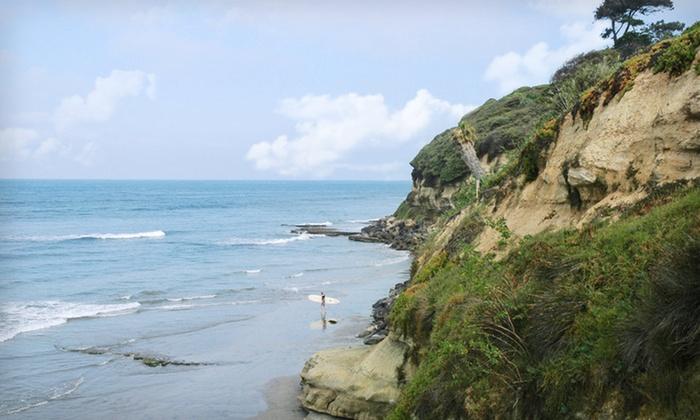 Cardiff by the Sea Lodge - Encinitas: One-Night Stay at Cardiff by the Sea Lodge in Southern California