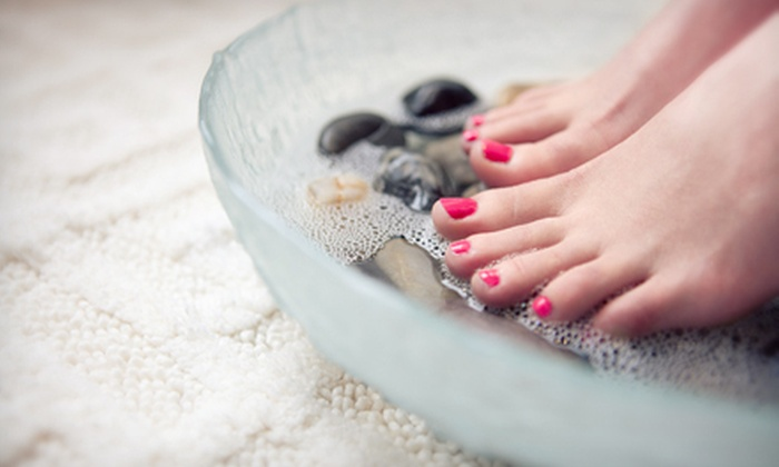 Mwah Beauty Lounge - Bella Vista - Southwark: One or Two Short & Sweet, Minty Mojito, or Sweet Martini Mani-Pedis at Mwah Beauty Lounge (Up to 57% Off)