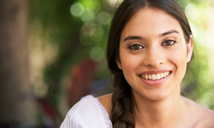 Glamour Dental Care - Multiple Locations: $49 for a Dental Exam, X-rays, and Cleaning at Glamour Dental Care ($285 Value)