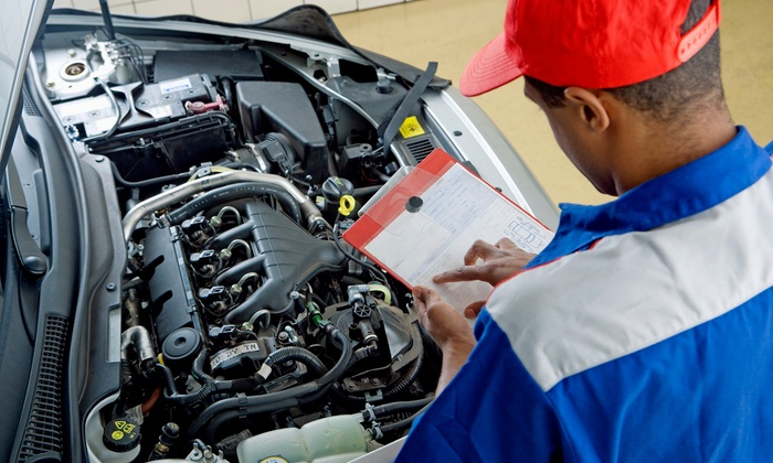 GAC Automotive Center - Portsmouth: $40 for a Car AC Service Package with State Inspection at GAC Automotive Center ($146 Value)