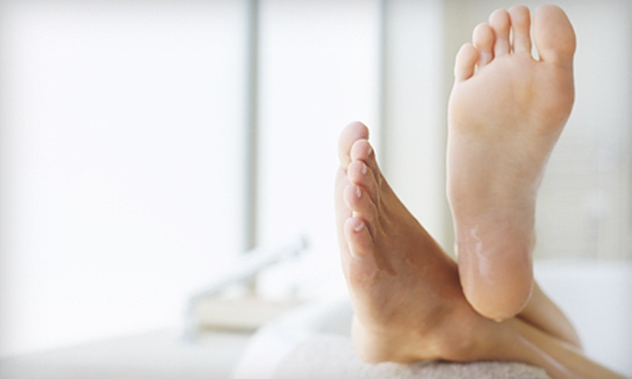 The Country Doctor - Fond du Lac: Three Laser Toenail-Fungus Treatments for One or Both Feet at The Country Doctor (Up to 51% Off)