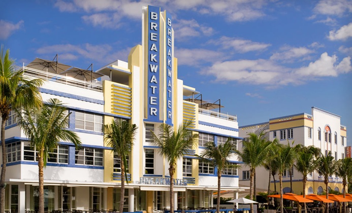 Iconic Oceanside Hotel in South Beach