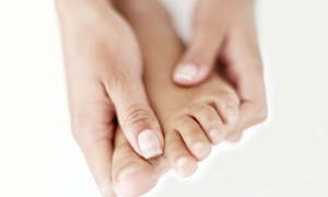 Calista Skin & Laser Center: $99 for One Laser Nail-Fungus-Removal Treatment for the Hands or Feet at Calista Skin & Laser Center ($249 Value)