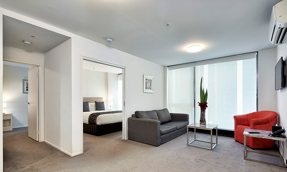 Melbourne: Apartment for 2 or 4 1