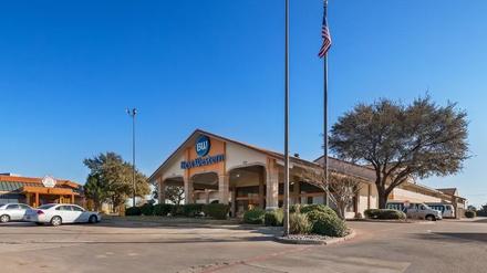 ga-bk-best-western-irving-inn-suites-at-dfw-airport #1