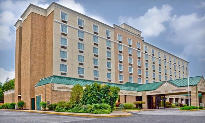 Runnemede Inn and Suites - Runnemede: One- or Two-Night Stay at Runnemede Inn and Suites in Greater Philadelphia