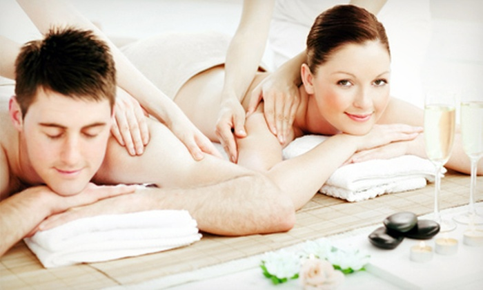 True Beauty Wellness Spa - Eastside: $89 for a 60-Minute Couples Massage with Complimentary Wine and Chocolates at True Beauty Wellness Spa ($155 Value)