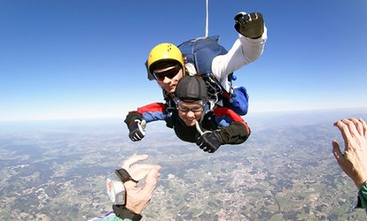 $199 for One Tandem Skydiving Jump from Skydiving Pittsburgh ($319 Value)