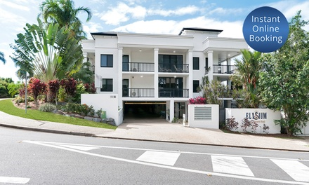 Palm Cove: 1 Night for Four or Six People with Late CheckOut at The Elysium Holiday Apartments Palm Cove