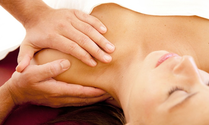 Johnson Wellness and Chiropractic Center - Lakeside Drive: One or Three Therapeutic Massages at Johnson Wellness and Chiropractic Center (Up to 57% Off)