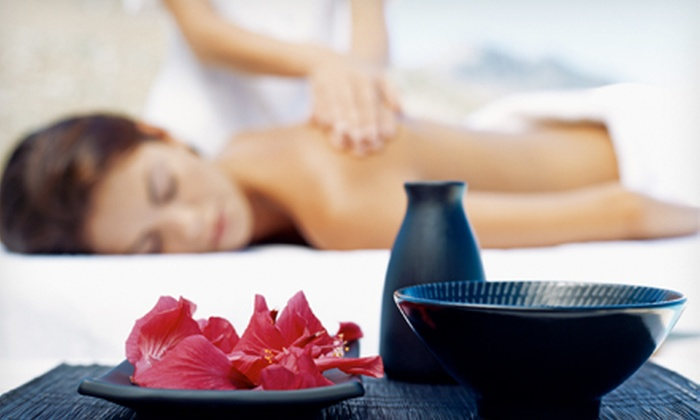 Spatopia Massage - Fort Lauderdale: $35 for a 50-Minute Swedish or Therapeutic Massage with Aromatherapy and Hot Towels at Spatopia Massage ($71 Value)