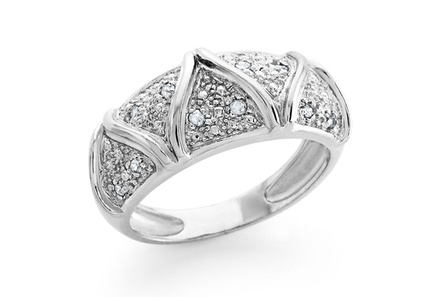 1/10 CTTW Diamond Accent Rings