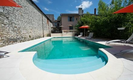 Bourgogne: 1 à 3 nuit(s) pour 2 avec petit déjeuner buffet et dîner gastronomique en option à l'Hôtel Restaurant Vuillot