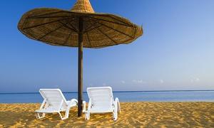 TORQUEMADA BEACH CLUB: Ingresso alla spiaggia con ombrellone, lettini e pranzo per 2 o 4 persone da Torquemada Beach Club (sconto fino a 67%)